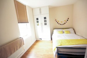 Modern student bedroom for rent